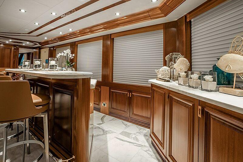 Nina Lu yacht bar