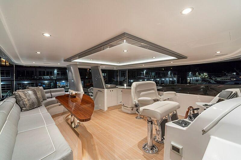 Westport 112 #7762 yacht deck