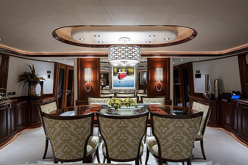 Seahawk yacht dining