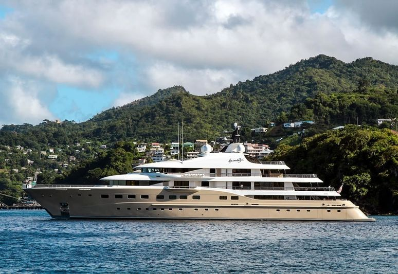 The Amels flagship Here Comes the Sun in Grenada