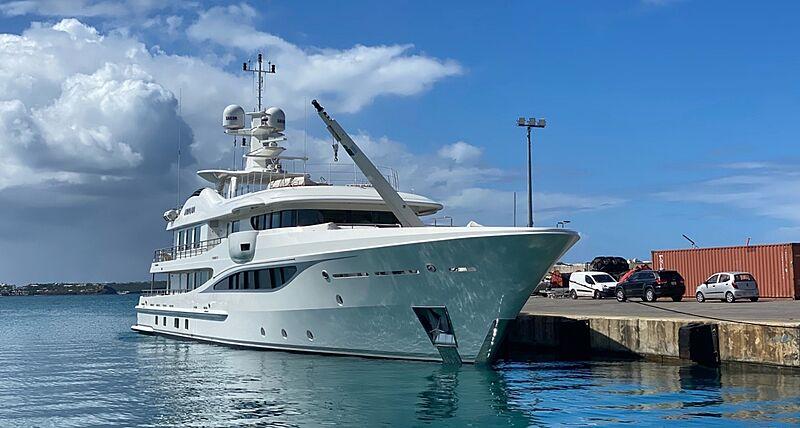 Kamalaya yacht by Amels in St. Martin
