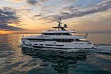 Run Away yacht cruising off La Spezia