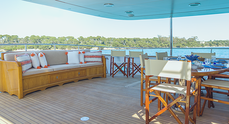 Freemont yacht deck