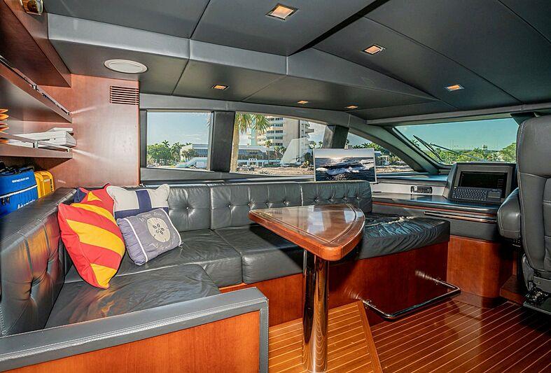 Vivere yacht wheelhouse