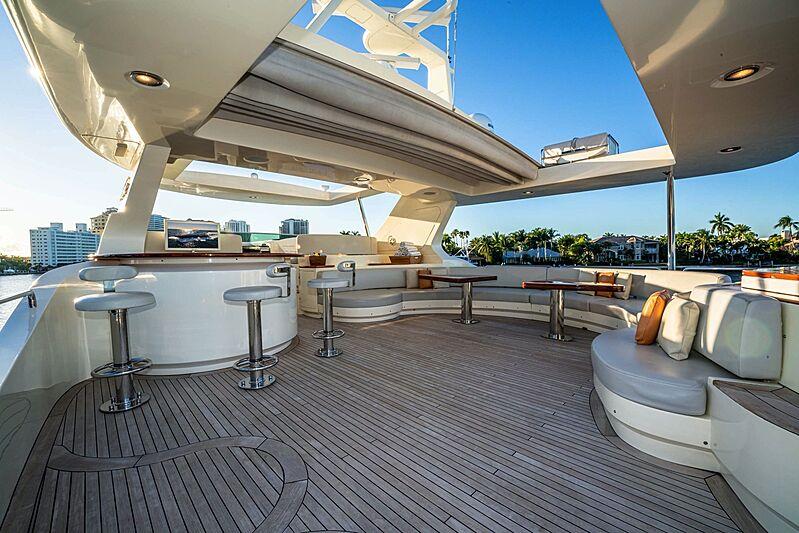 Vivere yacht upper deck