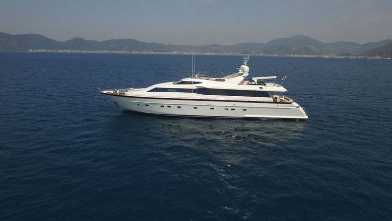 CUTLASS PEARL yacht Falcon