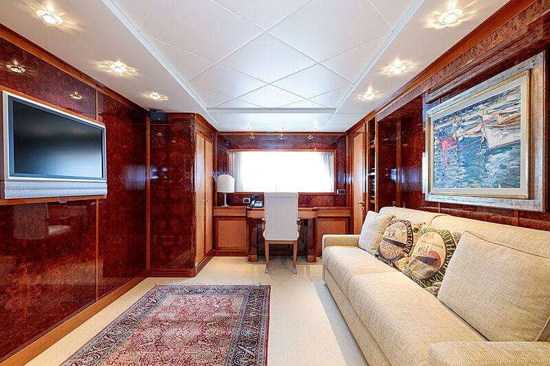 Param Jamuna III yacht TV room