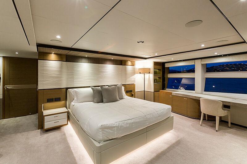 El Guajiro yacht stateroom