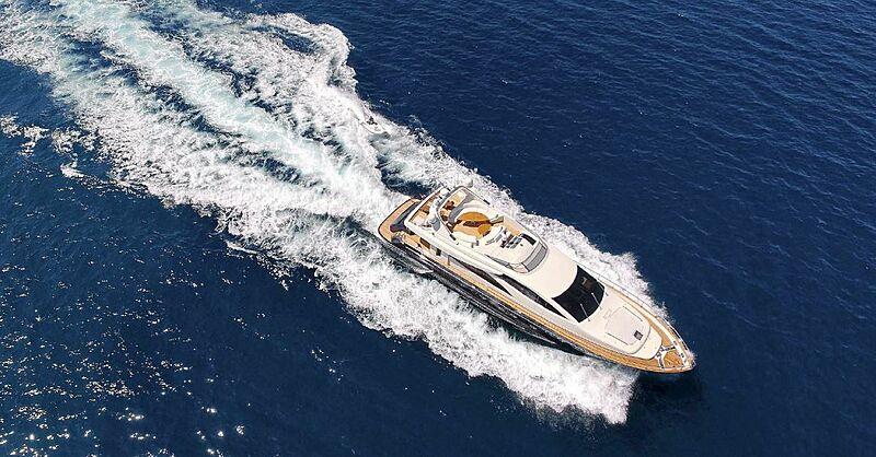 Jana yacht cruising