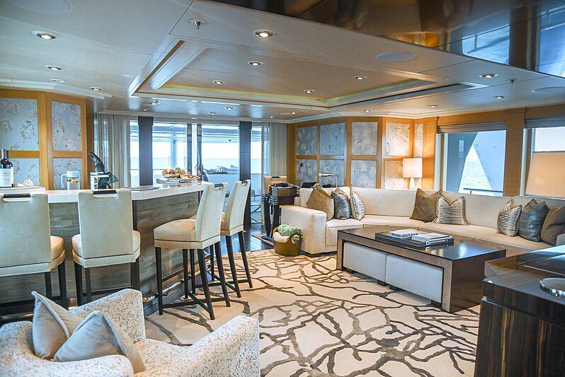 Rochade yacht saloon