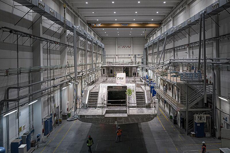 CRN 142 52m yacht under construction