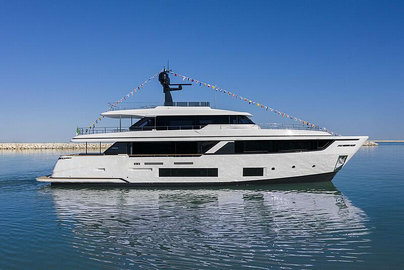 Custom Line Navetta 30/02 yacht launch in Ancona