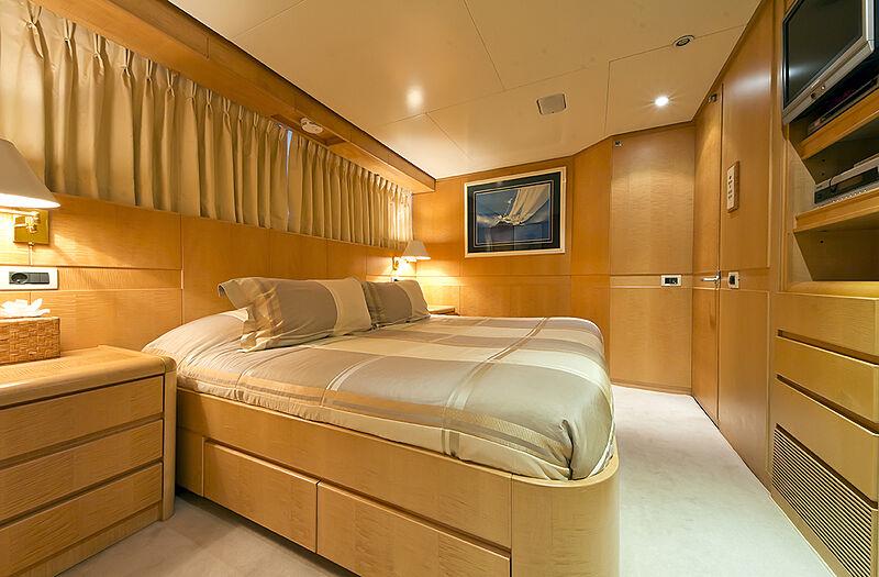 Criss C yacht stateroom