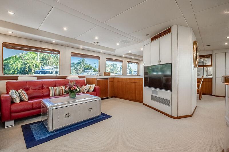 Edison yacht saloon