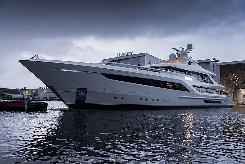 SOMNIUM yacht Feadship