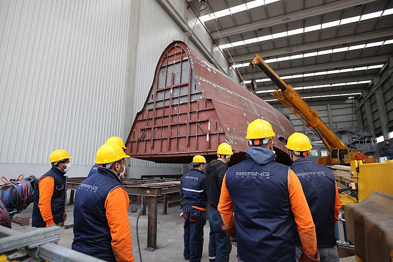 Bering B107 yacht under construction