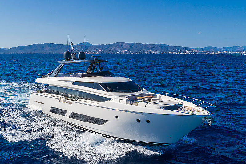 BE ONE yacht Ferretti Yachts