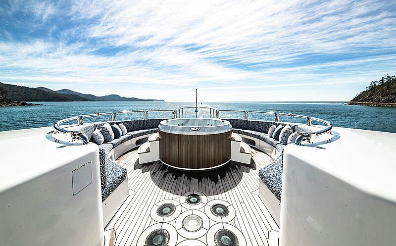 Spirit yacht foredeck