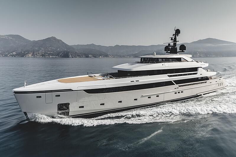 Cloud 9 yacht cruising