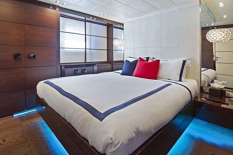 Five Waves yacht stateroom