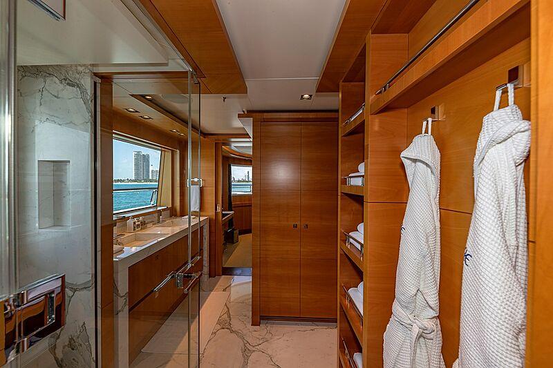 Arete yacht bathroom