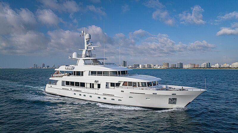 Arete yacht cruising