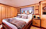 Komokwa yacht stateroom