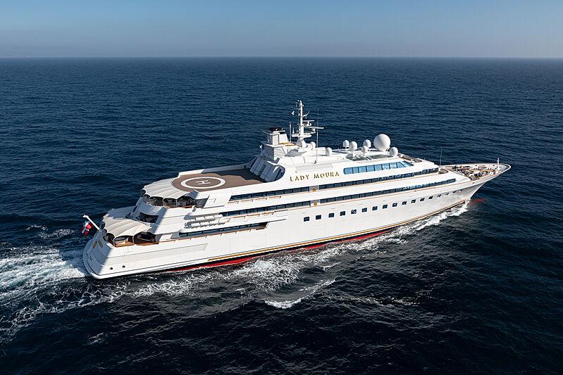 Lady Moura yacht cruising