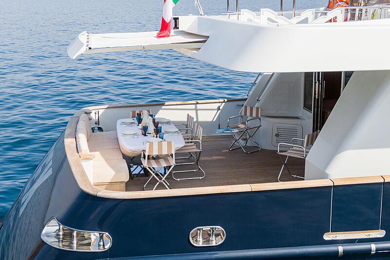 Tex yacht aft deck