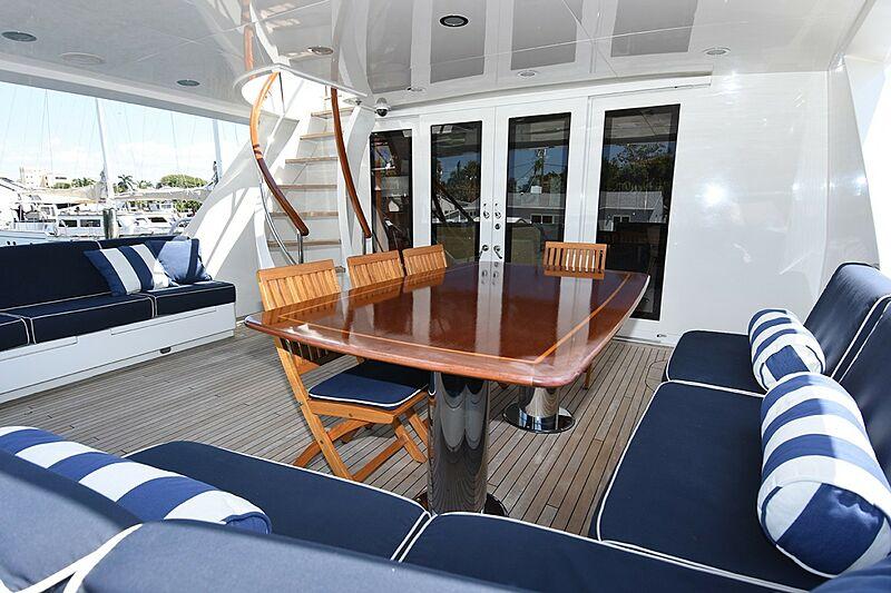 No Buoys yacht aft deck