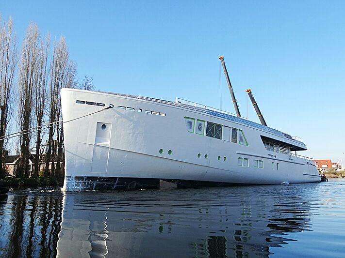 Feadship De Vries 709 yacht hull launch at Gouwerok shipyard