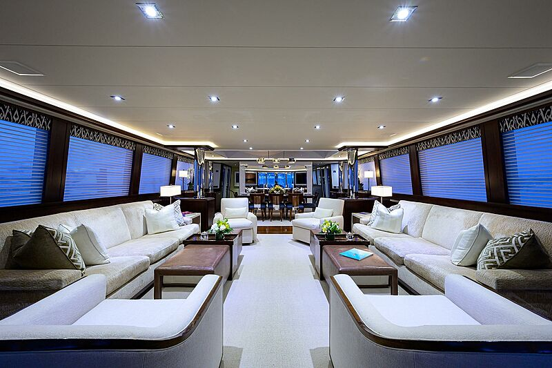 Freedom yacht saloon
