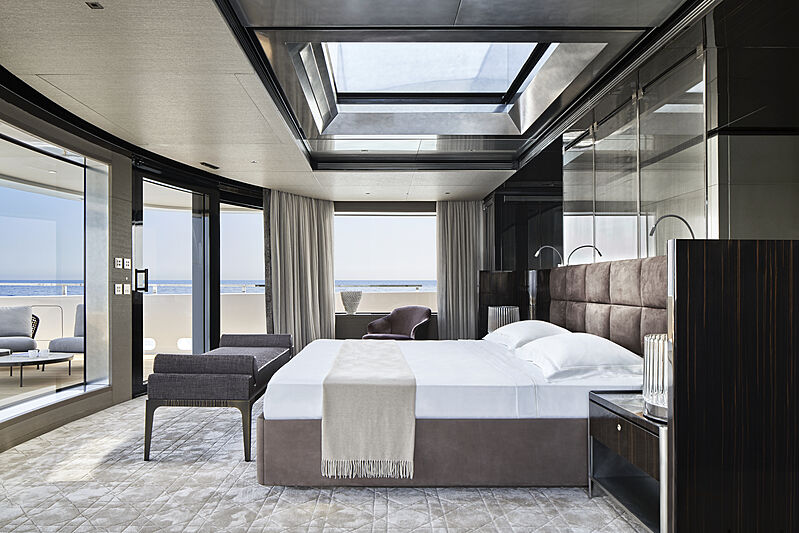 Cloud 9 yacht master stateroom