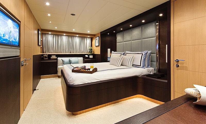Asha yacht stateroom