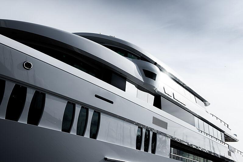 Hakvoort Project YN251 yacht launch