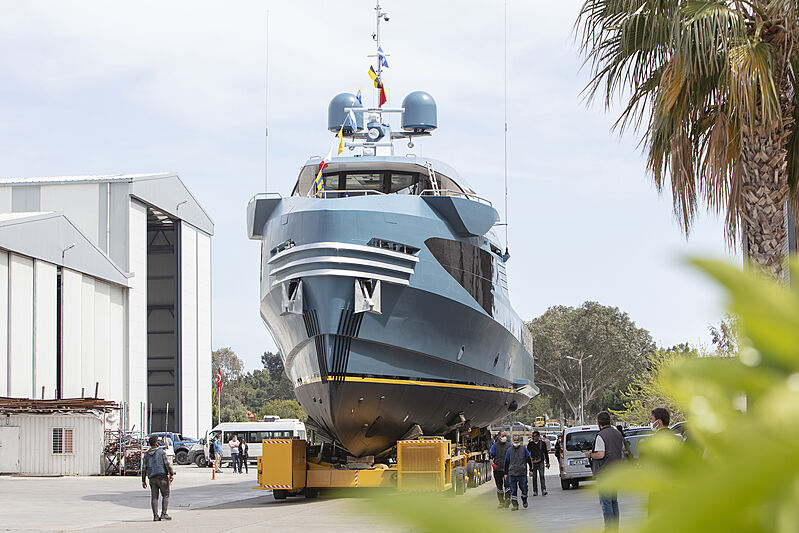 Phantom yacht launch