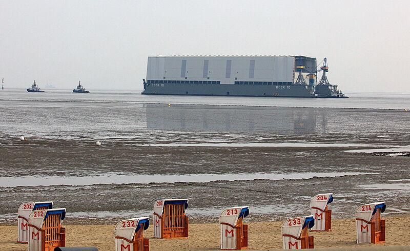 Lürssen's floating dock with Opera underway to Bremen