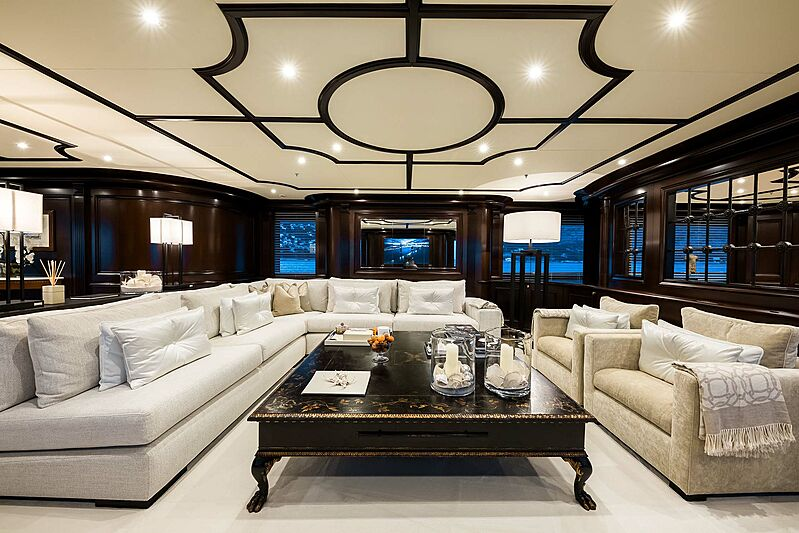 Eleni yacht saloon
