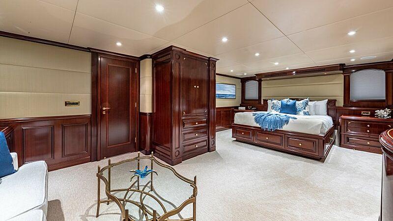 Starship yacht stateroom