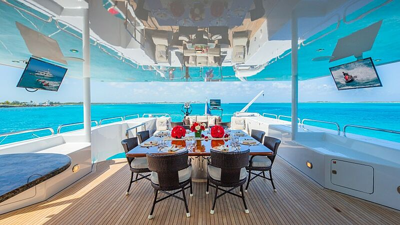 Starship yacht upper deck