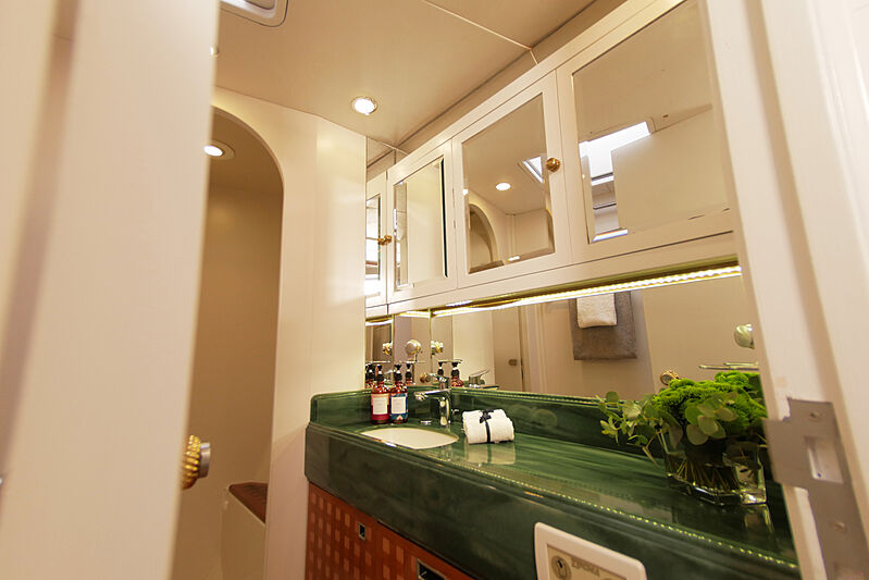 Elton yacht bathroom
