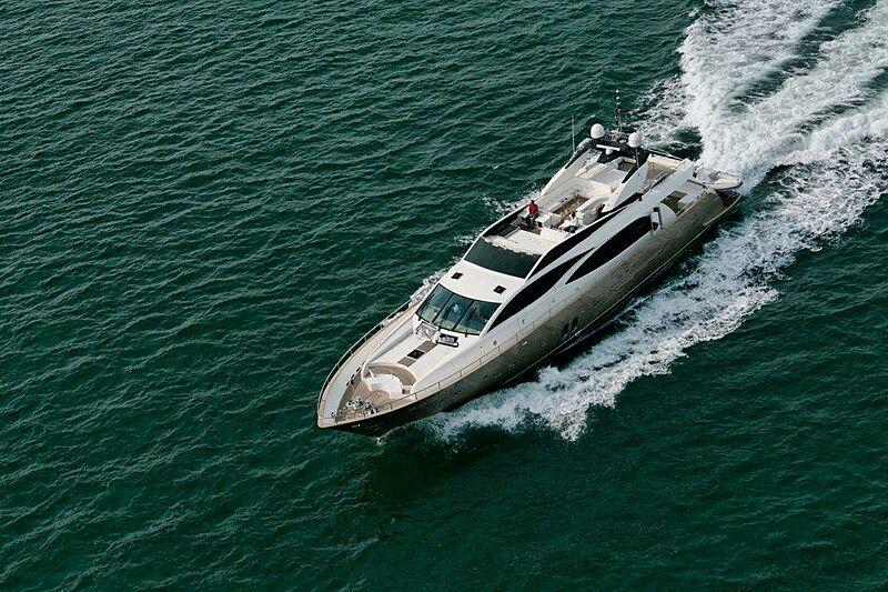 Sun Shine 1 yacht cruising
