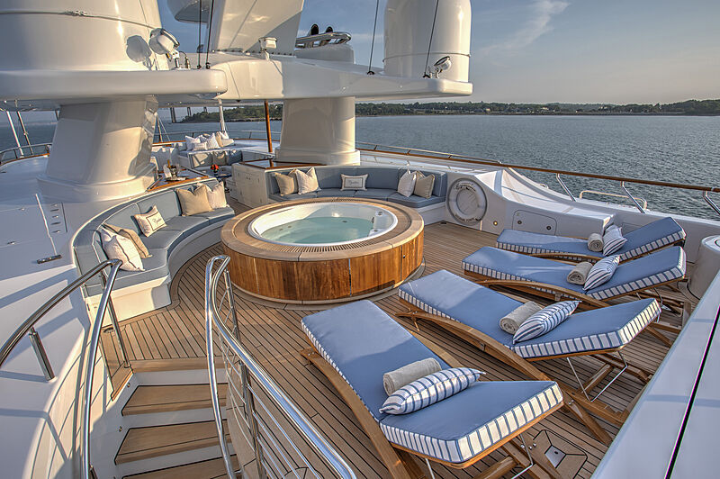 Cynthia yacht sundeck