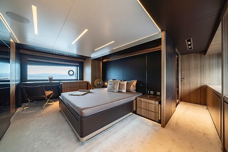 Unknown yacht stateroom