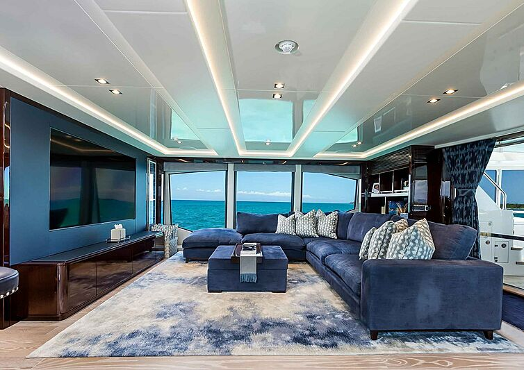 TC yacht saloon