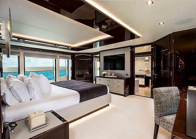 TC yacht stateroom