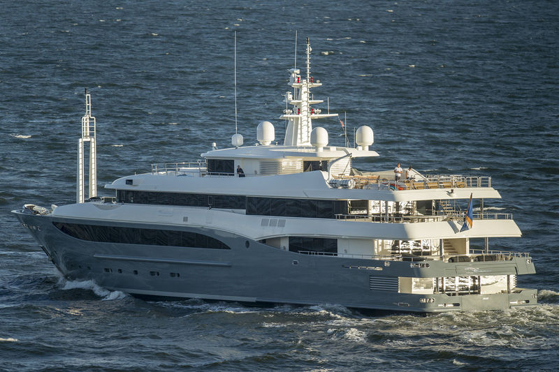 Superyacht Constance departing Fort Lauderdale