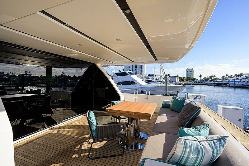 STAE yacht aft deck