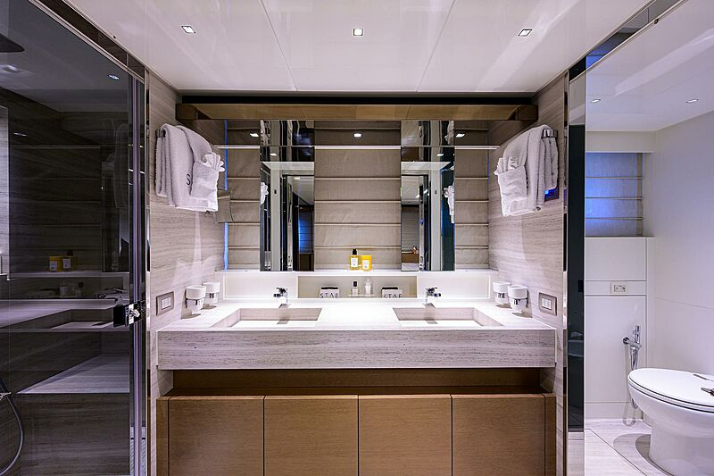 STAE yacht bathroom
