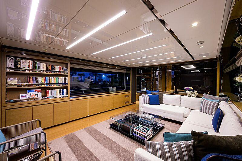 STAE yacht saloon